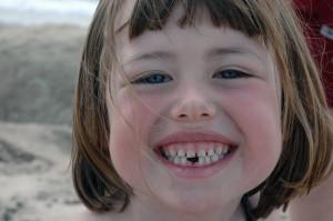 Gap_tooth_2010